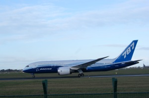 787 Dreamliner_Dublin Airport_Tom Dowling